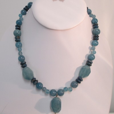 Teal quartz and jasper set‏