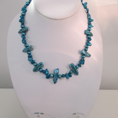 Trio of blue pearls set