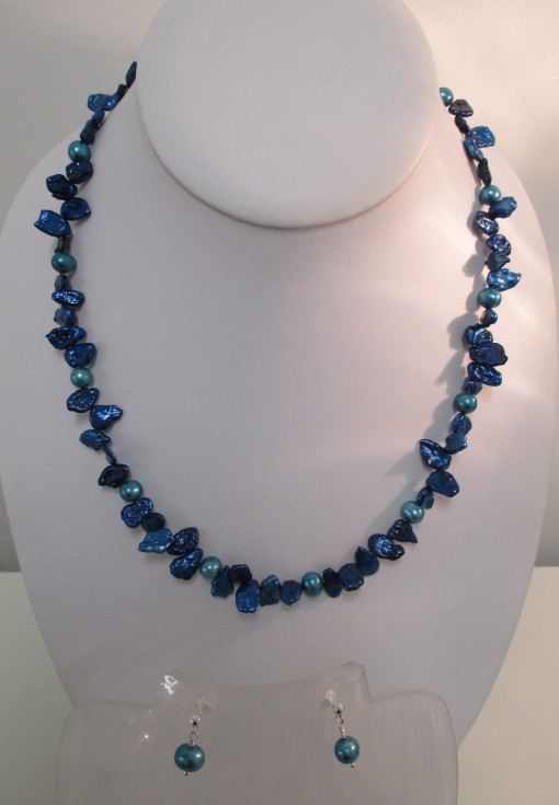 Midnight blue and teal pearls
