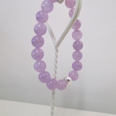 Lavender amethyst bracelet featured