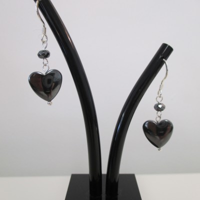 Hematite hearts earrings‏