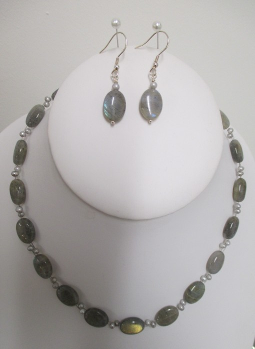 Labradorite and Silver Pearl Set‏
